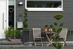 Holzhaus Schwedenstil, außen Holz, innen skandinavisches Lebensgefühl