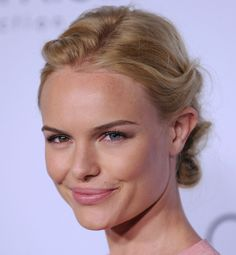 Kate Bosworth, check out her eyes  Gorgeous!!