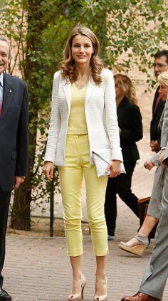 LETIZIA ORTIZ Style - #celebrity #style #trouser #white #blazer #womenswear #yellow