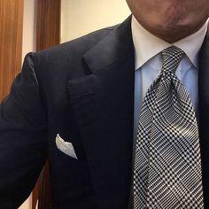 #wiwt #lookbook #apparel#mnswr #menswear #igfashion#guyswithstyle #mensfashionpost#fashion #mensfashion #gentleman#gentlemen #gentlemanstyle #ootdmen#lookoftheday #ootd #bespoke#picoftheday #amazing #bestoftheday#igdaily #beautiful #style #gent#mensblog #mensweardaily #rincondecaballeros