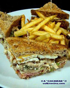Ideas que mejoran tu vida Sandwiches For Lunch, Delicious Sandwiches, Wrap Sandwiches, Sandwich Recipes, Tacos And Burritos, Deli Food, Brunch Buffet, Chapati, Perfect Food