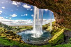 Seljalandsfoss , Iceland.