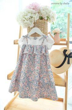 Girls Spring Dresses, Baby Girl Party Dresses, Dresses Kids Girl, Kids Outfits, Kids Frocks Design, Baby Frocks Designs, Smocked Baby Clothes, Baby Girl Dress Patterns, Frocks For Girls