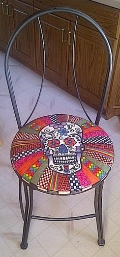 Sugar Skull chair | Other Ideas | Project on Craftsy: Sugar Skull Chair