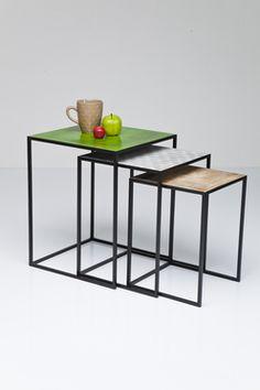 Bijzettafel Set Shimmery Square is een set van 3 tafels van Kare Design en is nu verkrijgbaar op Furnies.nl!