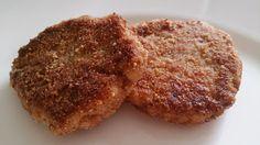 Almund breadet chicken paddies
