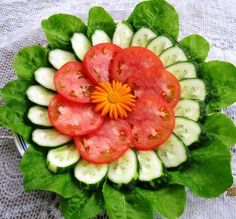 24 ideas fruit platter designs presentation edible arrangements for 2020 Veggie Platters, Veggie Tray, Food Platters, Meat Trays, Appetizers For Party, Appetizer Recipes, Sandwich Recipes, Fruit Platter Designs, Platter Ideas