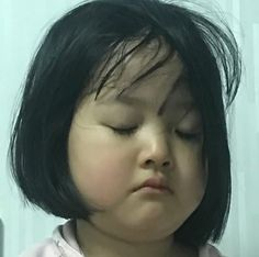 "She has a virtual boyfriend and she calls him glitch. ""I was just bored when I started it but I ended up falling inlove with the guy inside my screen. Cute Asian Babies, Korean Babies, Asian Kids, Cute Babies, Cute Baby Meme, Cute Love Memes, Baby Memes, Cute Baby Girl Pictures, Baby Photos"