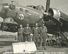 """B-17G """"ThunderBird"""" ground crew."""