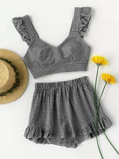 Shein Ruffle Strap Tie Back Gingham Top And Shots Co-Ord