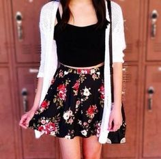 Don't know I'd wear this, considering how much I hate skirts, but it is cute.