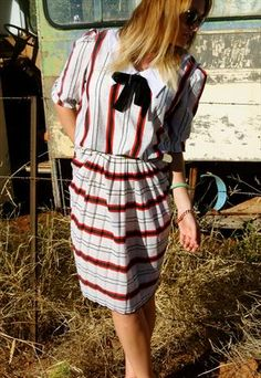 VINTAGE MID LENGTH STRIPPED DRESS