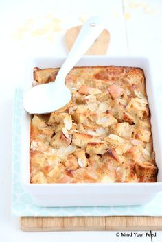 Appel kaneel broodpudding - Mind Your Feed