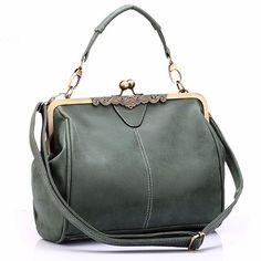 f7e12c1b1 Bolsa Baú Realer Retro - Compre Agora | Shopping City - Seu estilo o que  Importa !