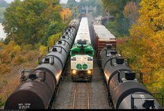 Net Photo: GOT 564 GO Transit (Greater Toronto Transit Authority) EMD at Burlington , Ontario, Canada by Samuel R. Go Transit, Burlington Ontario, Diesel Locomotive, Train Tracks, Toronto, Canada, Author, Cars, Trains