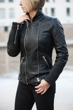 www.hali.fi #black #leatherjacket #2ND DAY