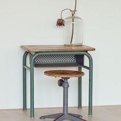Vintage Schreibtisch antik Kinder Schreibtisch Children's Desk by LeFlair on Etsy $204.16
