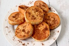 These maple cinnamon sweet potatoes are a fun, healthy and kid-friendly side dish!