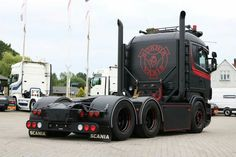 Schwarzer Scania- You are in the right place about cars decals Here we offer you the most beautiful pictures about the c Big Rig Trucks, Semi Trucks, Cool Trucks, Cool Cars, Customised Trucks, Custom Trucks, Family Car Decals, Custom Big Rigs, Engin