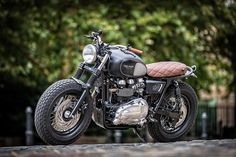 Down & Out Cafe Racers | Dutch's Triumph Bonneville