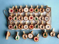 #Adventskalender aus Holz basteln | Adventskalender mit Wäscheklammern, an einer langen Schnur können Geschenke aufgehängt werden