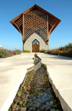 L'agence BCDM Architects a conçue le Sanctuaire de la Sainte Famille à Gretna au Nebraska.