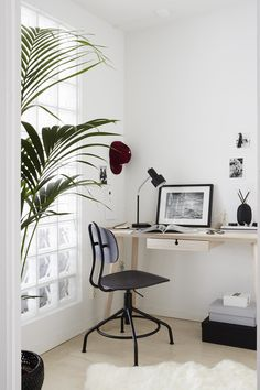 Bright Scandinavian Style Home Office Area