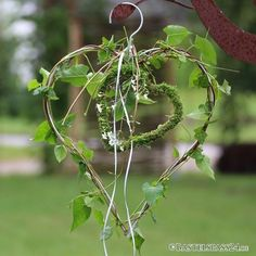 Heart of wire, deco heart for wedding wire heart with hook, white - deko Frühjahr - Hochzeit Valentines Day Decorations, Wedding Decorations, Diy Crafts To Do, Deco Floral, Ideas Geniales, Diy Décoration, Engagement Ring Cuts, Wedding Flowers, Projects To Try