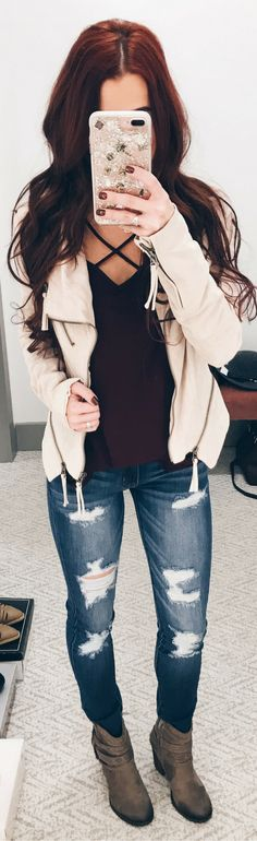 Winter Style || Women's Fashion || Style Inspiration || Blogger Style || Fall Fashion || Fashion Inspiration || Casual Style || Closet Candy Boutique || Indianapolis