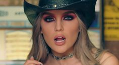4-5-17: perrie made the nmss mv her bitch and I ship her hard with mgk.