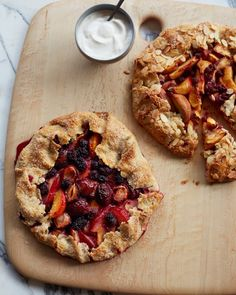 going for every last morsel and drop out of the last days and fruits of summer........      Plum Blackberry Galette