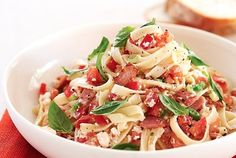 Fettuccine aux tomates et à la ricotta! #fettuccine #tomates #ricotta #repas #souper #pâtes