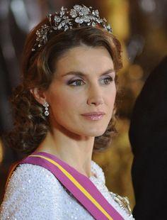 Letizia (born Letizia Ortiz Rocasolano) became Queen Letizia of Spain ...