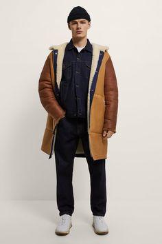 ΔΕΡΜΑΤΙΝΟ ΠΑΛΤΟ DOUBLE FACE LIMITED EDITION | ZARA Greece / Ελλαδα Aviator Jackets, Colored Denim, Ripped Skinny Jeans, Denim Shirt, New Outfits, Bomber Jacket, Winter Jackets, Leather Jacket, Mens Fashion