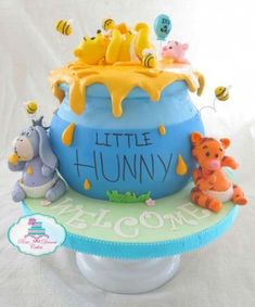 12 Winnie The Pooh Themed Gender Reveal Cake Ideas Baby Bear Baby Shower Baby Boy Shower Winnie The Pooh Themes