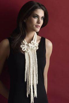 Karma Knit 1-Ball Lariat Necklace FREE knitting pattern (hva)
