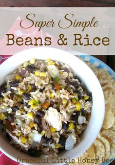 Frugal Dinners for When You're Broke Super simple rice and beans. Click through for the recipe and frugal meals for when you're broke.Super simple rice and beans. Click through for the recipe and frugal meals for when you're broke. Budget Family Meals, Large Family Meals, Cooking On A Budget, Frugal Meals, Quick Meals, Frugal Recipes, Cheap Recipes, Budget Dinners, College Recipes