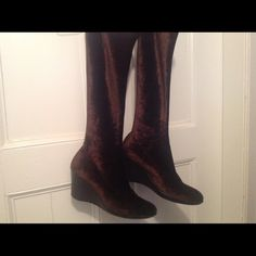 Armanda D'Alessandro brown velvet Stretch Boots Brand new never ever worn,,too big for me but they would be my favorites if they fit, Made in Italy states on bottom, size 9 boot legs stretch for perfect calve fitting , textured in elephant or croc like velvet Armanda D'alessandro  Shoes Wedges