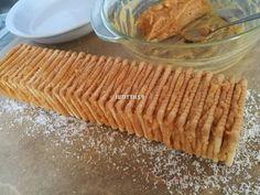 Egyszerű karamellkrémes csíkos szelet - sütés nélkül recept lépés 4 foto Nutella, Bread, Food, Brot, Essen, Baking, Meals, Breads, Buns