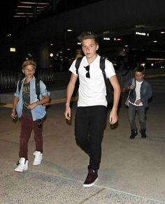 Brooklyn Beckham, Romeo & Cruz... stylish boys... romeo is wearing a nirvana tee ♡