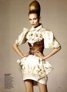 pale fire. Amazing Grace Coddington, Vogue fashion stylist with photog David Sims