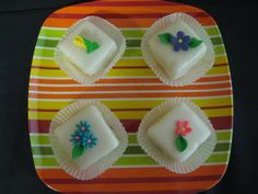 Flower-topped petit fours