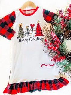 Merry Christmas Buffalo Plaid Christmas Night Gown    Perfect for fall