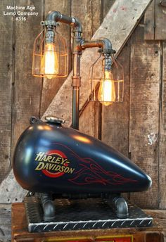 Steampunk Industrial Lamp, Vintage Harley Davidson Motorcycle Gas Tank I just like the light part. Harley Davidson V Rod, Vintage Harley Davidson, Harley Davidson Sportster, Lampe Steampunk, Car Furniture, Diy Décoration, Industrial Lighting, Industrial Furniture, Man Cave