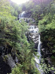 The ultimate New Hampshire waterfall road trip