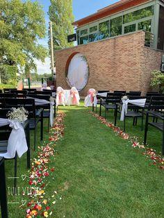 Dolores Park, Table Decorations, Wedding, Travel, Home Decor, Valentines Day Weddings, Viajes, Decoration Home, Room Decor