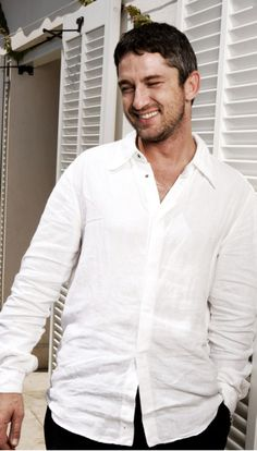 Gerard Butler....MY NUMBER ONE CELEB CRUSH!!!