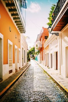 Whether you're enjoy hiking or diving, fishing or sailing, nature walks or history tours, San Juan is bound to captivate you. Here's your perfect itinerary for an amazing trip! To Color, Walking In Nature, Puerto Rico, Lush, Sailing, Tourism, Things To Do, Landscape, World
