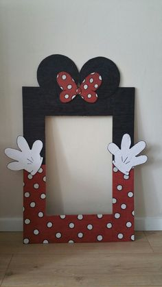 photo frame Minnie Mouse..Olivia 1st birthday