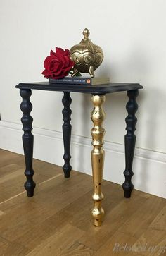 Little side table. Painted in Vintro Victorian Black and sealed with extreme lacquer for extra protection. One leg has been covered with gold leaf and sealed with gloss varnish. Upcycled Home Decor, Easy Home Decor, Home Decor Trends, Gold Painted Furniture, Gold Leaf Furniture, Decoration, Art Decor, New Interior Design, European Home Decor